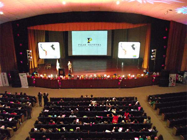 Conferencia Anual Mujer Peruana