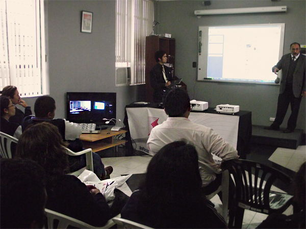 EVENTO REALIZADO : AULAS MULTIMEDIA 2.0